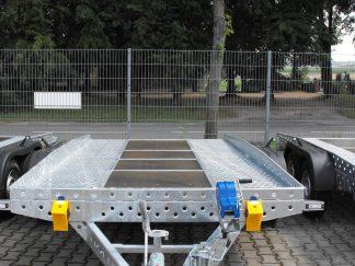 Syland laweta dwuosiowa hamowana z kołami na zewnątrz DMC 1400-2700kg